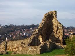 Castillo en ruinas de Hastings – Gran Bretaña
