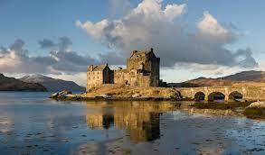 Eilean Donan Castle-Escocia – Gran Bretaña
